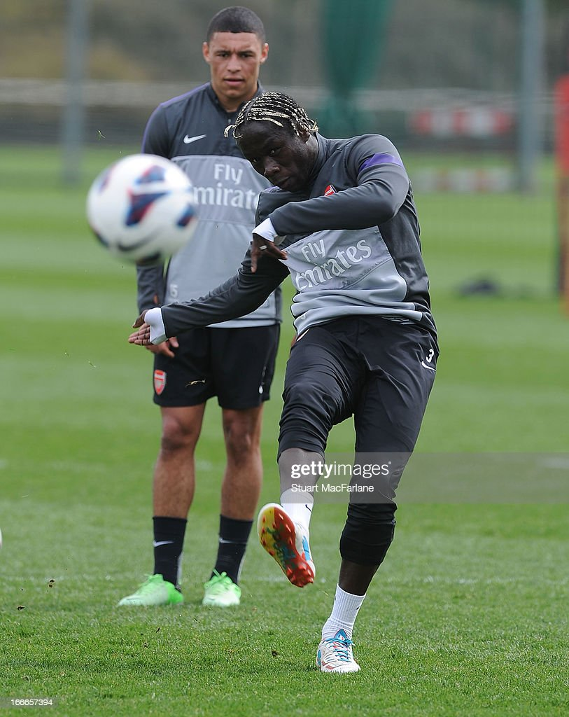 <a gi-track='captionPersonalityLinkClicked' href=/galleries/search?phrase=Bacary+Sagna&family=editorial&specificpeople=745680 ng-click='$event.stopPropagation()'>Bacary Sagna</a> of Arsenal during a training session at London Colney on April 15, 2013 in St Albans, England.