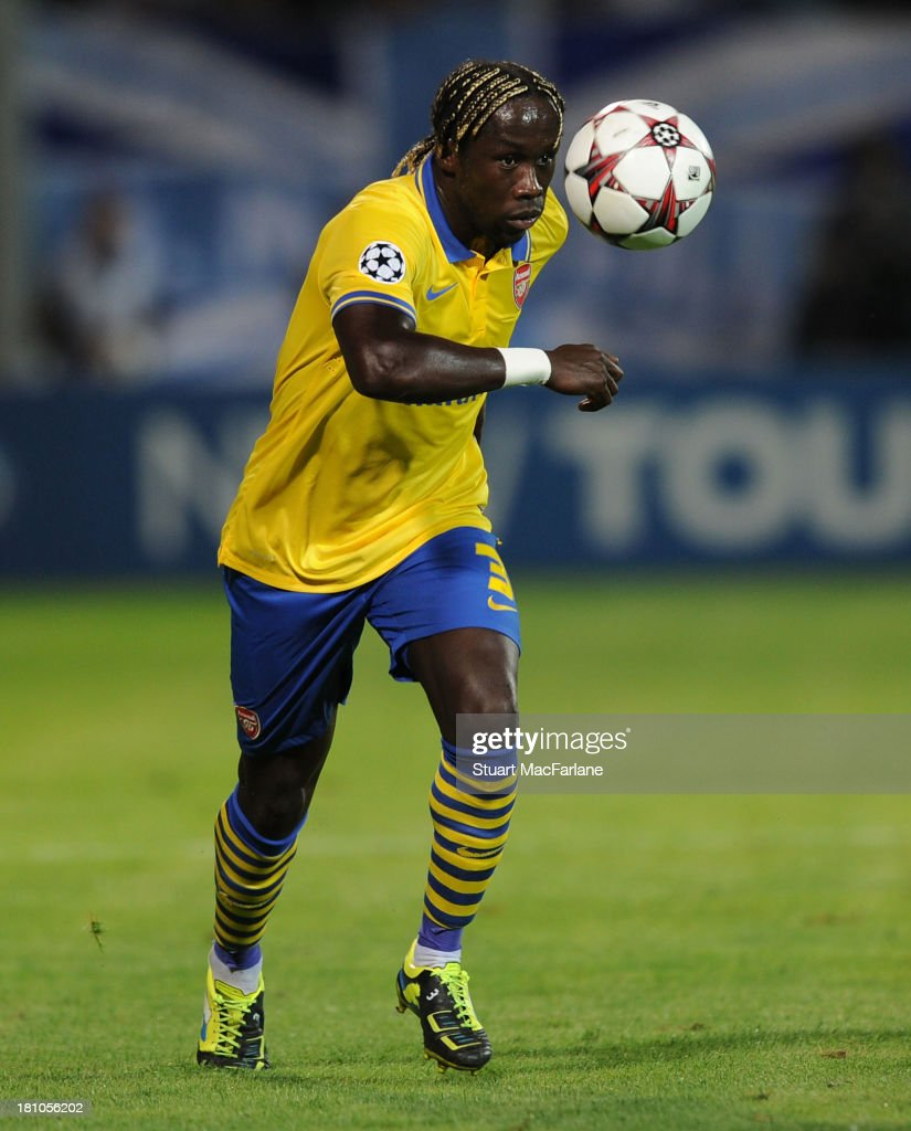 <a gi-track='captionPersonalityLinkClicked' href=/galleries/search?phrase=Bacary+Sagna&family=editorial&specificpeople=745680 ng-click='$event.stopPropagation()'>Bacary Sagna</a> of Arsenal during the match at Stade Velodrome on September 18, 2013 in Marseille, France.