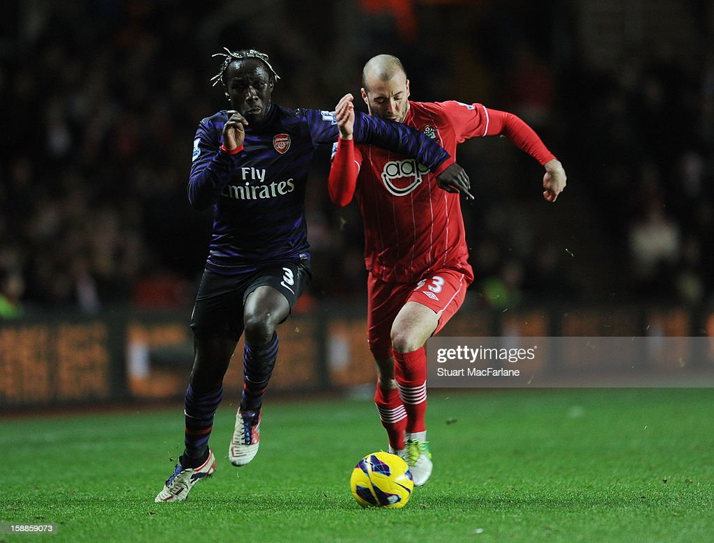 <a gi-track='captionPersonalityLinkClicked' href=/galleries/search?phrase=Bacary+Sagna&family=editorial&specificpeople=745680 ng-click='$event.stopPropagation()'>Bacary Sagna</a> of Arsenal takes on Steve De Ridder ogf Southampton during the Barclays Premier League match between Southampton and Arsenal at St Mary's Stadium on January 01, 2013 in Southampton, England.