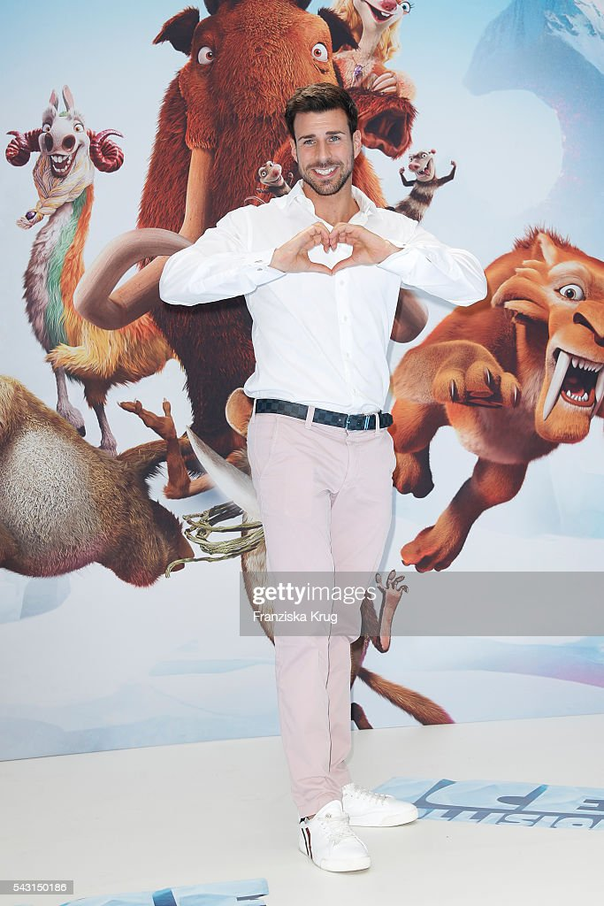 'Bachelor' participants Leonard Freier attends the 'Ice Age - Kollision Voraus' German Premiere at CineStar on June 26, 2016 in Berlin, Germany.