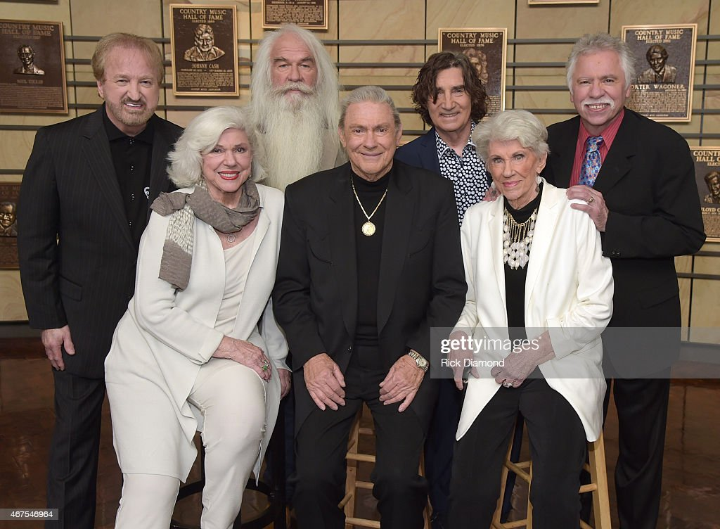 Back row Duane Allen William Lee Golden Richard Sterban and Joe Bonsall The Oak Ridge Boys Front row Bonnie Brown Jim Ed Brown and Maxine Brown Jim...