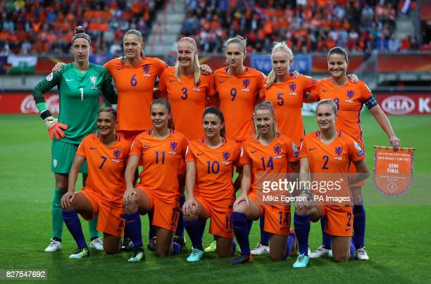 Back row left to right Netherlands' Sari van Veenendaal Anouk Dekker Vivianne Miedema Kika van Es and Sherida Spitse Front row left to right Shanice...