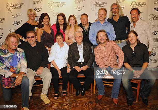 Back Row Singers and Songwriters David Lee Murphy The McClymonts Mollie McClymont Sam McClymont Brooke McClymont Elaine Roy of The Roys ##### Darrin...