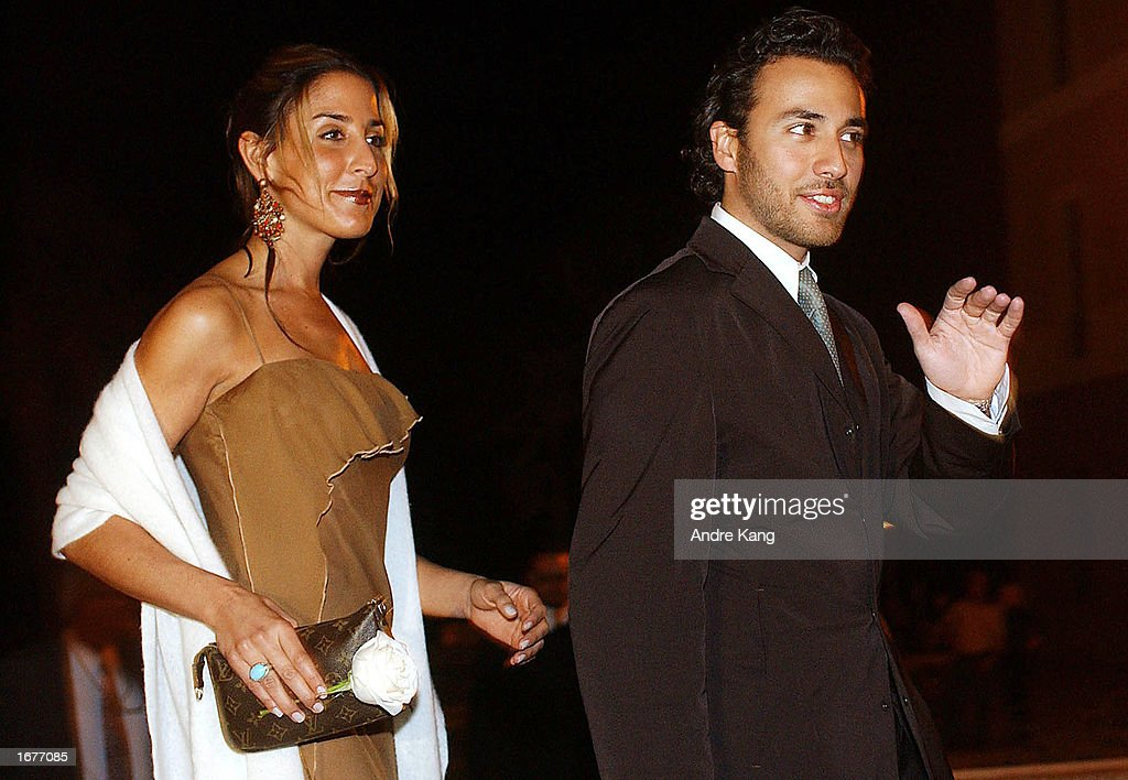 Back Street Boys member Howie D (R) arrives at the Vallaja Military Fortress for singer Marc Anthony and wife Dayanara Torres' Catholic wedding reception December 7, 2002 in San Juan, Puerto Rico.