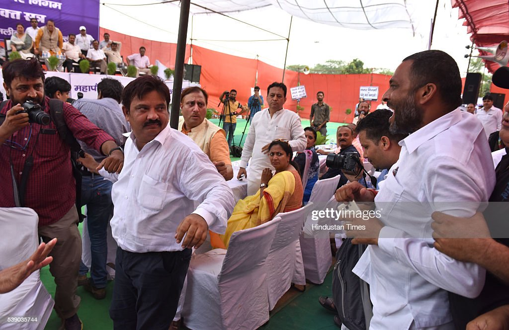 AAP backed independent counsellor Rakesh Kumar walk out after the scuffle with BJP councillors allegedly for wearing partys trademark cap at the...