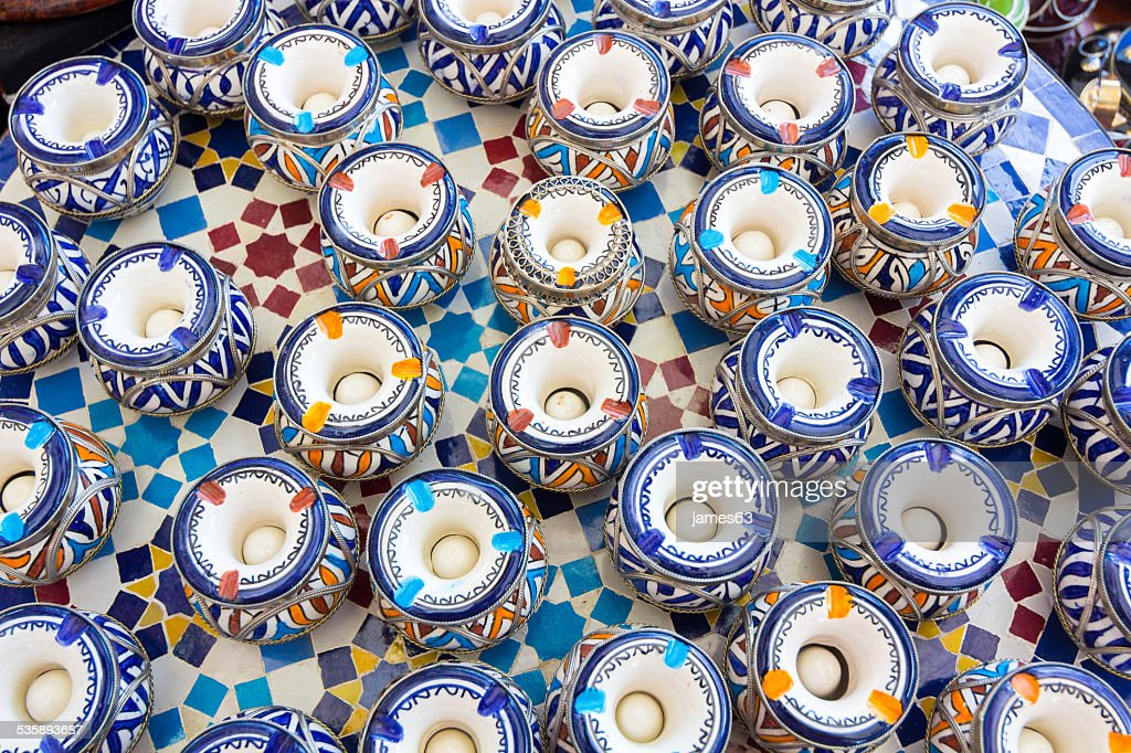 background ceramic ashtrays to put water inside : Stock Photo