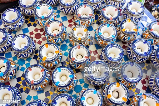 Hintergrund Keramik Aschenbecher um Wasser im Inneren : Stock-Foto