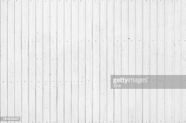 Fundo: Forro de madeira pintada branca