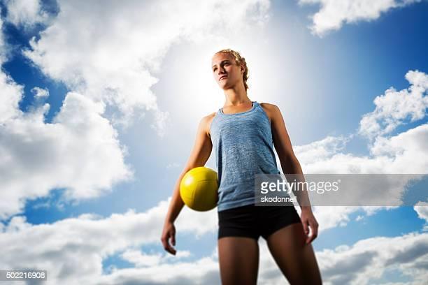 Leuchtendes Beach Volleyball-Teenager-Mädchen, Porträt