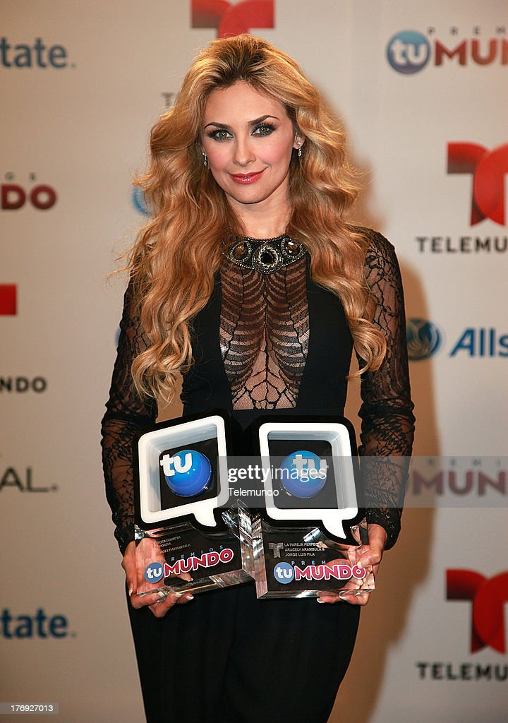 Winner Aracely Arambula Backstage during the 2013 Premios Tu Mundo, from the American Airlines Arena in Miami, Florida, August 15, 2013 --