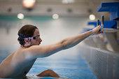Backstroke swimmer starting