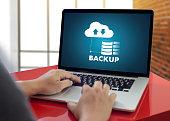 LIVE STREAMING Backup Download copies of data Computing Digital Data transferring , STREAMING Download file