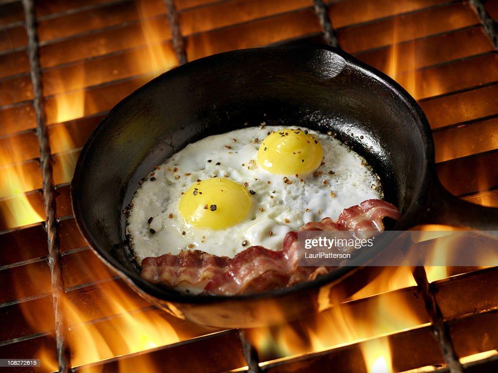 Bacon & Eggs on Campfire : Stock Photo