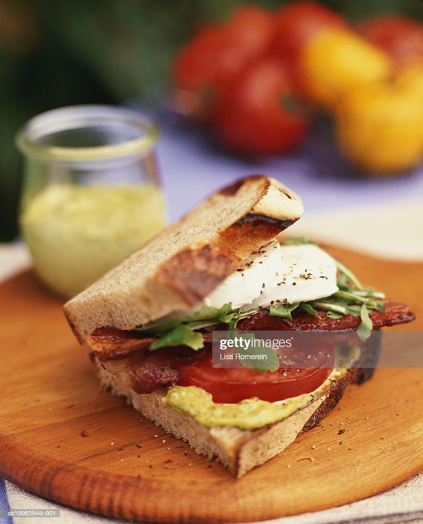 Bacon, lettuce and tomato sandwich : Stockfoto