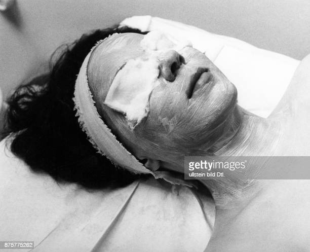 Bad Soden medical treatments in the thermal spa patient during cosmetic treatment