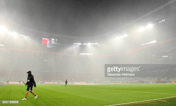Bad weather and rain during the Bundesliga match between FC Bayern Muenchen and Bayer 04 Leverkusen at Allianz Arena on August 18 2017 in Munich...