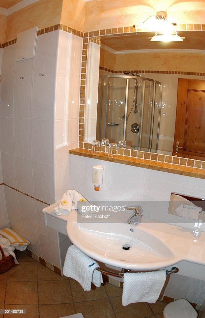 Badezimmer Einer Junior Suite, Hotel U0027rigele Royalu0027, Obertauern, Badezimmer  Ideen