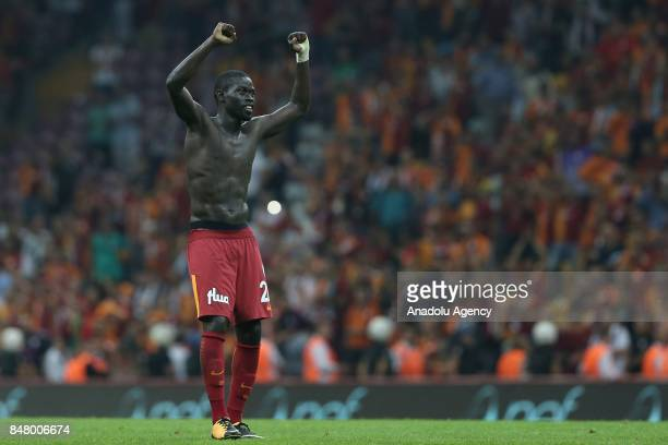 Badou Ndiaye of Galatasaray greets the supporters after the fifth week of the Turkish Super Lig soccer match between Galatasaray and Kasimpasa at...