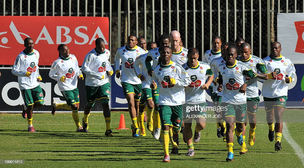 Bafana Bafana (The Boys, nickname of the South African national football team) players run during a training session in Johannesburg on May 20, 2010. South Africa occupy Group A with former winners France as well as Uruguay and Mexico, all top-20 national teams in the latest rankings from world rulers FIFA.