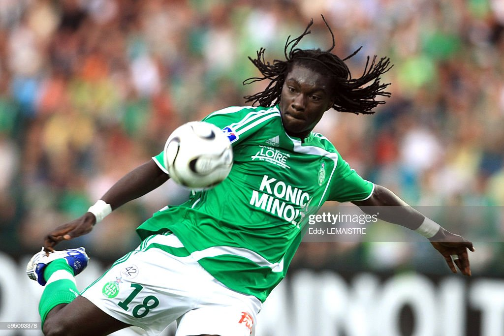 Bafetimbi Gomis during the French Ligue 1 soccer match between AS Saint Etienne and Girondins de Bordeaux | Location Saint Etienne France
