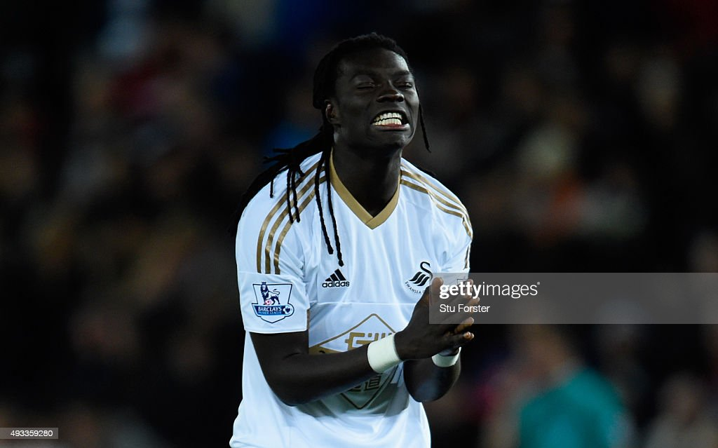 <a gi-track='captionPersonalityLinkClicked' href=/galleries/search?phrase=Bafetimbi+Gomis&family=editorial&specificpeople=686005 ng-click='$event.stopPropagation()'>Bafetimbi Gomis</a> of Swansea City reacts after a missed chance during the Barclays Premier League match between Swansea City and Stoke City at Liberty Stadium on October 19, 2015 in Swansea, Wales.