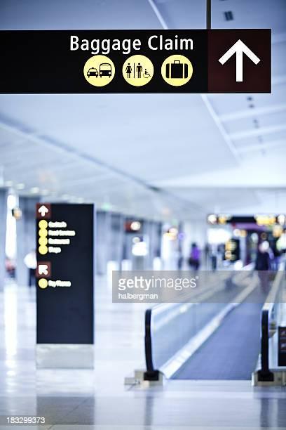 De la zone de retrait des bagages de l'aéroport