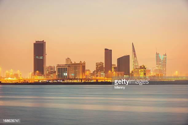 Bahrain Manama Skyline di notte