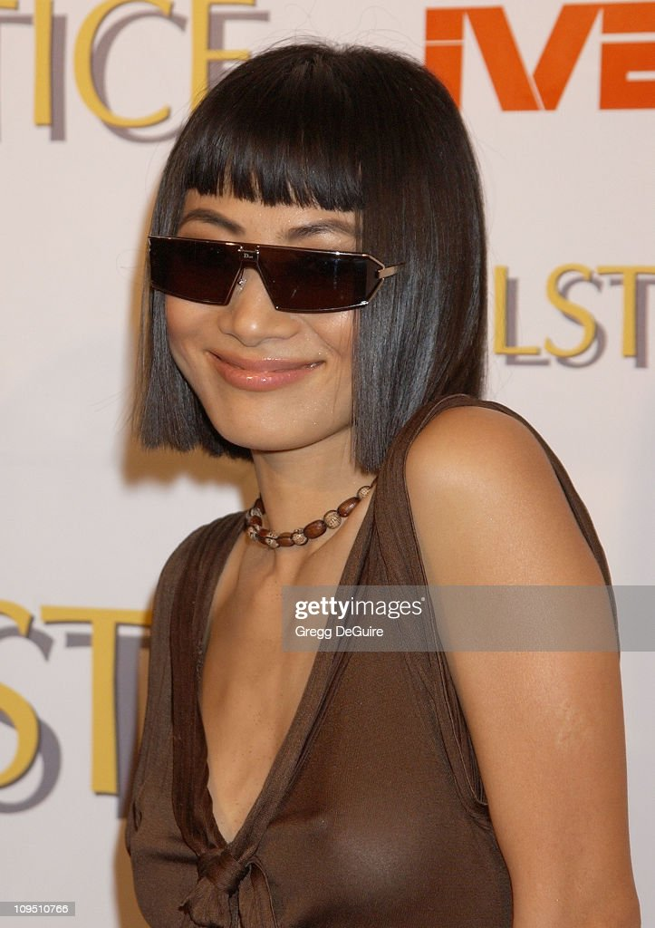Safilo USA Hosts Celebrity-Studded Spring 2003 Designer Sunglass Fashion Show Extravaganza and Launch Party