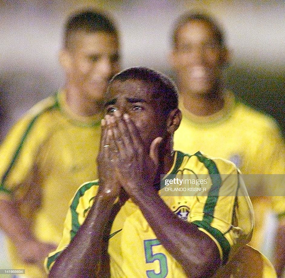 Baiano of the Sub 23 selection team celebrates Brazil's third goal 04 February 2000 in the game against Chile in Londrina Brazil Baiano del...