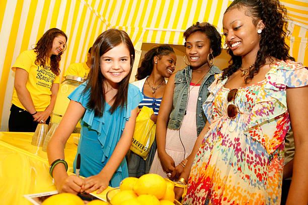 Toys R Us Lemonade Stand : Photos et images de alex s lemonade stand foundation