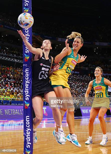 Bailey Mes of New Zealand is challenged by Laura Geitz of the Diamonds during the 2015 Netball World Cup Gold Medal match between Australia and New...
