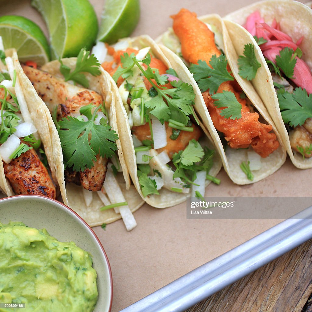 Baja fish tacos spicy tempura battered cod w chipotle for Spicy fish tacos