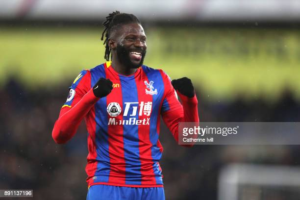 Bakary Sako of Crystal Palace celebrates after the Premier League match between Crystal Palace and Watford at Selhurst Park on December 12 2017 in...