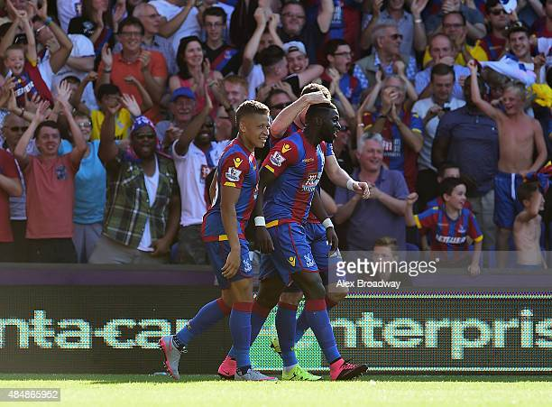 Bakary Sako of Crystal Palace celebrates scoring his team's second goal with his team mates during the Barclays Premier League match between Crystal...