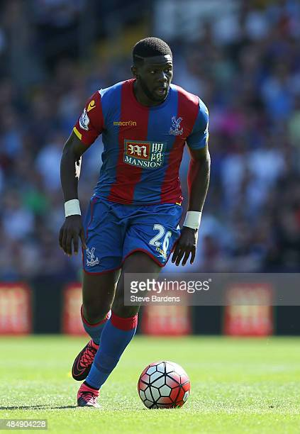 Bakary Sako of Crystal Palace in action during the Barclays Premier League match between Crystal Palace and Aston Villa at Selhurst Park on August 22...