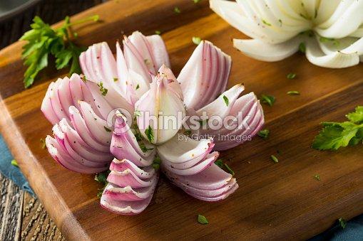 Fleur De Lotus Au Four Oignon Organique Photo Thinkstock