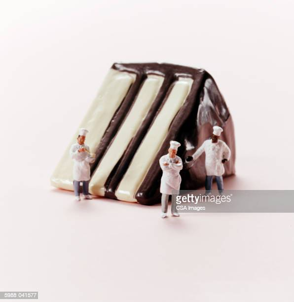Baker Figurines, Slice of Cake