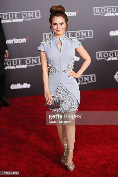 Baker Rosanna Pansino arrives at the premiere of Walt Disney Pictures and Lucasfilm's 'Rogue One A Star Wars Story' at the Pantages Theatre on...