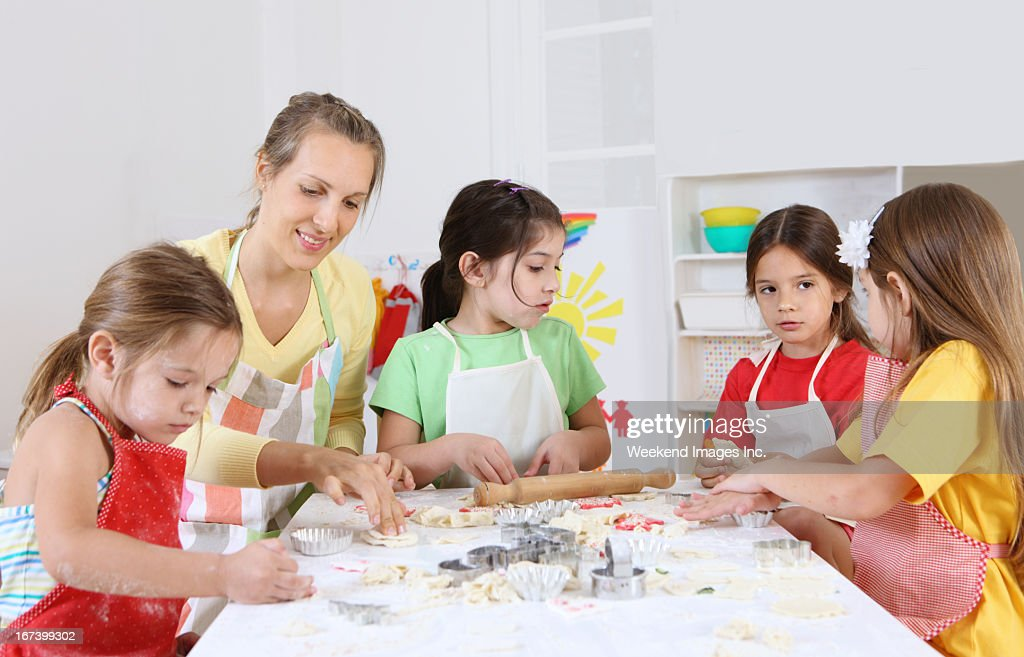 baking in preschool : Stock Photo