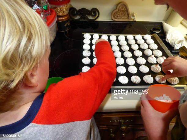 Baking meringues for the Christmas season