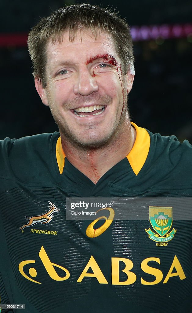 <a gi-track='captionPersonalityLinkClicked' href=/galleries/search?phrase=Bakkies+Botha&family=editorial&specificpeople=227062 ng-click='$event.stopPropagation()'>Bakkies Botha</a> of South Africa celebrates their victory after the QBE International match between England and South Africa at Twickenham Stadium on November 15, 2014 in London, England.