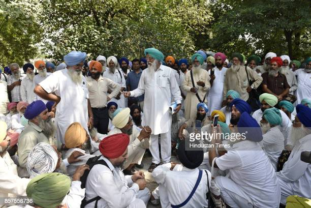 Balbeer Singh Rajewal Chief of Bharatiya Kisan Union after the hearing at National Green Tribunal on October 4 2017 in New Delhi India The National...