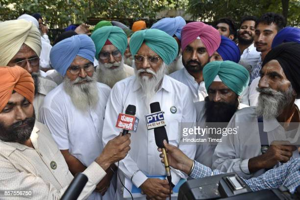 Balbeer Singh Rajewal Chief of Bharatiya Kisan Union talks to journalists after the hearing at National Green Tribunal on October 4 2017 in New Delhi...