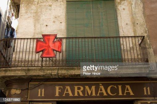 Balcony above old Pharmacy in Barcelona : Foto stock