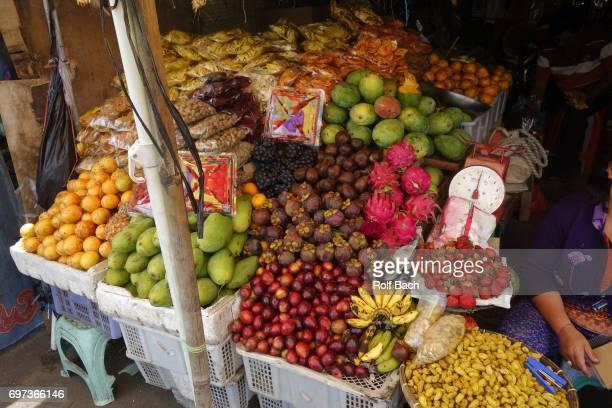 INDONESIA, Bali, market of Bedogul