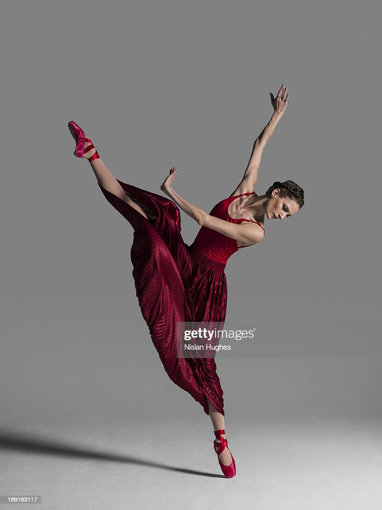 Ballerina performing Developpe efface