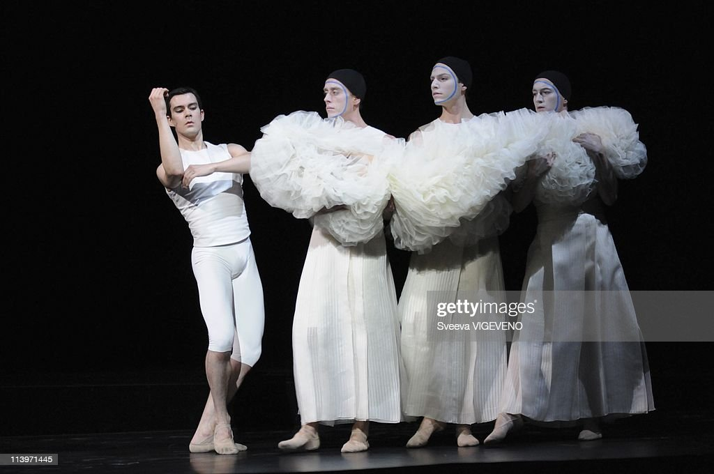 ballet in france King louis xiv of france loved ballet he established the first official school of ballet, known today as the paris opera ballet ballet's french history.