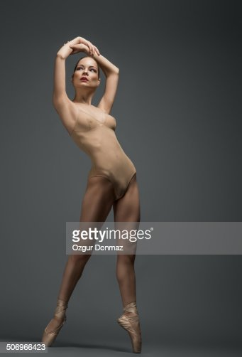 Naked Female Dancing 7