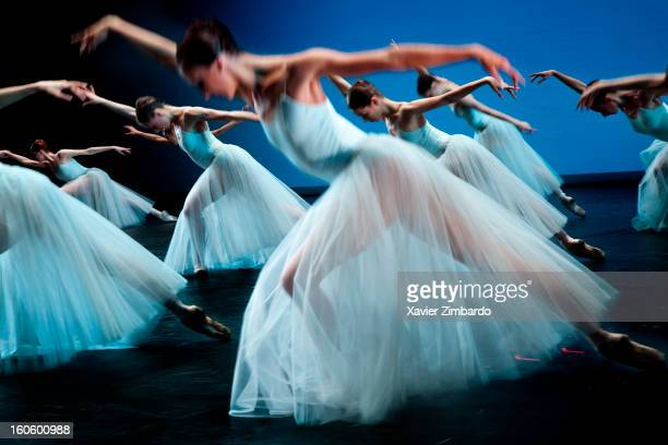 Ballet dancers perform in the Ballet Serenade by Pyotr Tchaikovsky and choreography by Pyotr Balanchine in the Bolshoi Ballet Theatre on April 10...