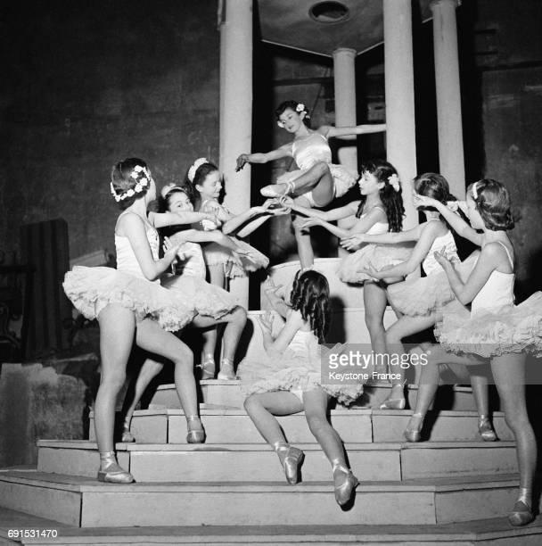 Ballet sur scène à Paris France le 25 mars 1953